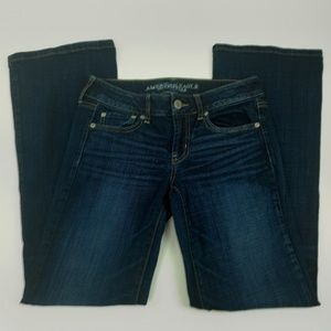 American Eagle Outfitters Jeans Size 4 Boyfriend